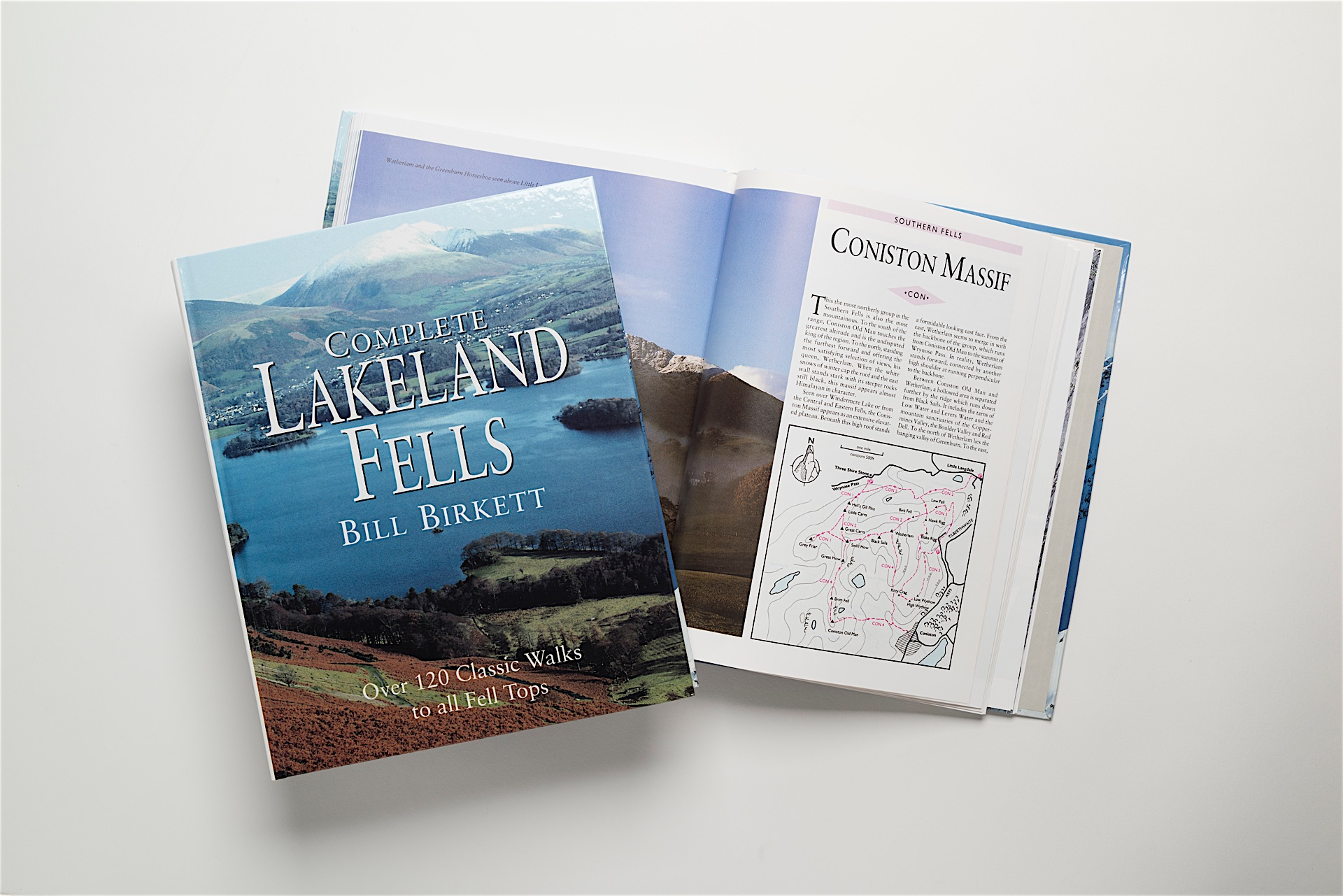 Comprehensive and detailed route reference work on the Lakeland Fells, this book covers all the Fell tops over 1,000 feet (305m) in the English Lake District National Park.Scafell- Bill Birketts Lakeland Walks