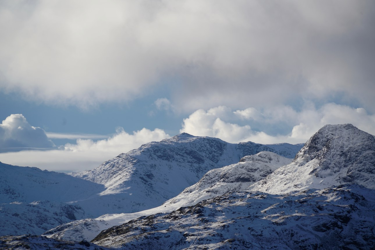 A view of the Langdale peaks; Harrison Stickle, Loft Crag and pyramidal topped Bowfell. Taken at 2:24pm.