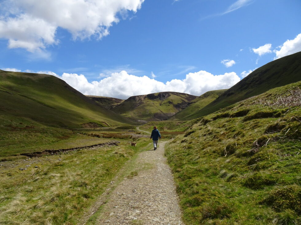Approaching the head of the valley